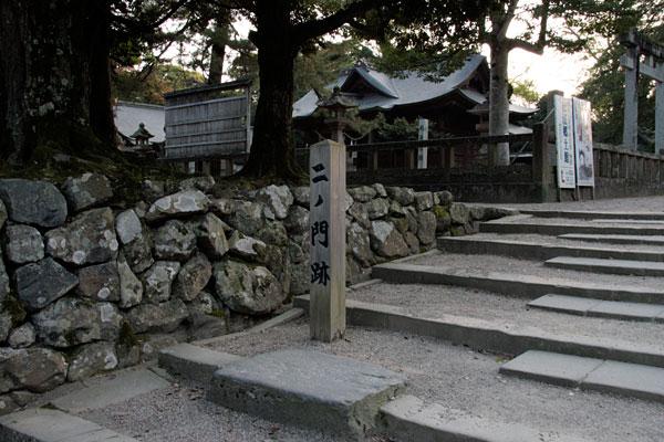 松江城の二ノ門跡です。