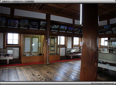 伊賀上野城の天守内の展示室