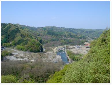 水の手展望台から望む千曲川