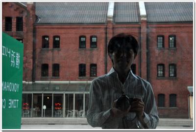赤レンガ倉庫とカメラと私