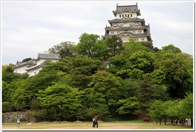 三の丸跡から見た姫路城