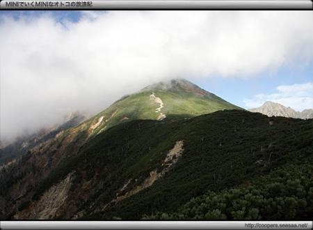 丸山からの眺望(西穂高岳をのぞむ)